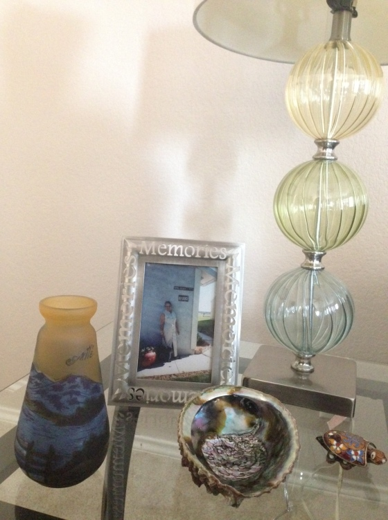 inkinsideout-anna castillo-decor-Hodge Podge Decor-June-2014