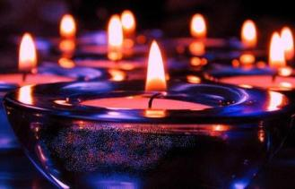blue_candles2